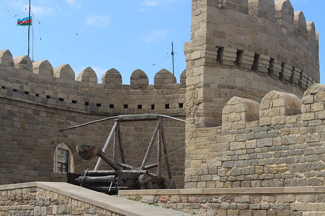 アゼルバイジャン 乙女の塔